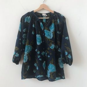 Tops - Floral pattern loose fit button down